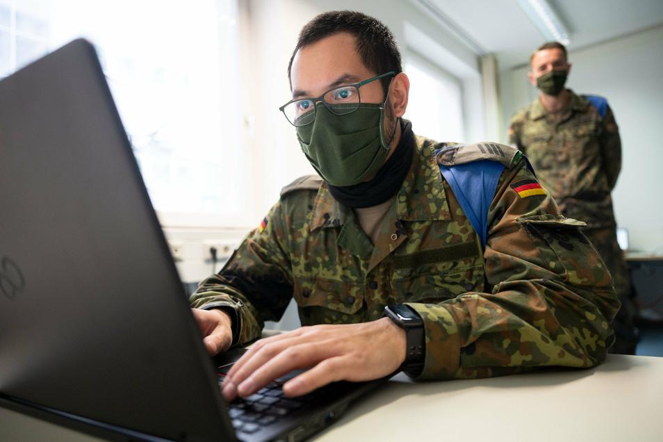20 Bundeswehrangehörige sollen in den kommenden Wochen im Dresdner Gesundheitsamt eingearbeitet werden.