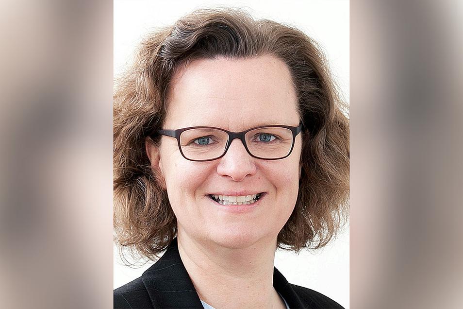 Katrin Schürmann (47) ist Diplompsychologin, Expertin für Stress am Arbeitsplatz. Sie berät bundesweit Unternehmen.