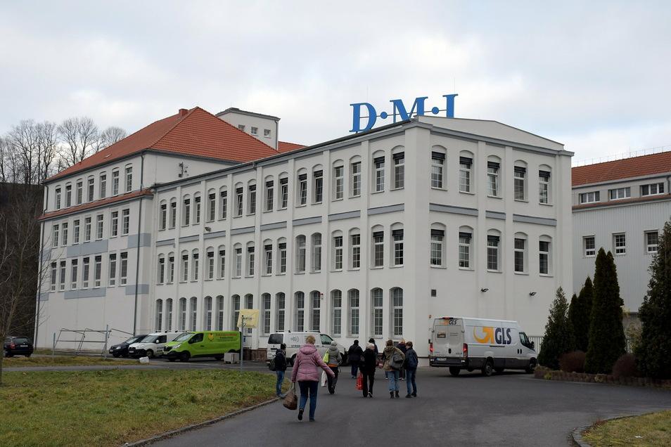 Seit mehr als 25 Jahren werden auf der Muldenwiese in Leisnig Krankenakten digitalisiert. Seitdem ist ein zweistelliger Millionenbetrag in den Ausbau und die Ausstattung des Standortes geflossen.