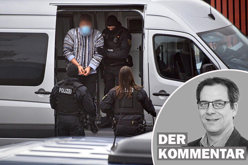 Vor knapp einem Jahr wurde historischer Juwelenschmuck aus dem Grünen Gewölbe in Dresden gestohlen. Nun hat die Polizei in Berlin drei Tatverdächtige festgenommen. Alexander Schneider kommentiert die Ereignisse.