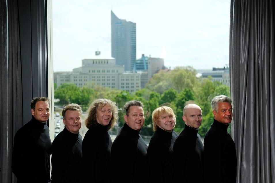 Die Prinzen in ihrer aktuellen Besetzung von links nach rechts: Henri Schmidt, Alexander Zieme, Sebastian Krumbiegel, Tobias Künzel, Wolfgang Lenk und Jens Sembdner.
