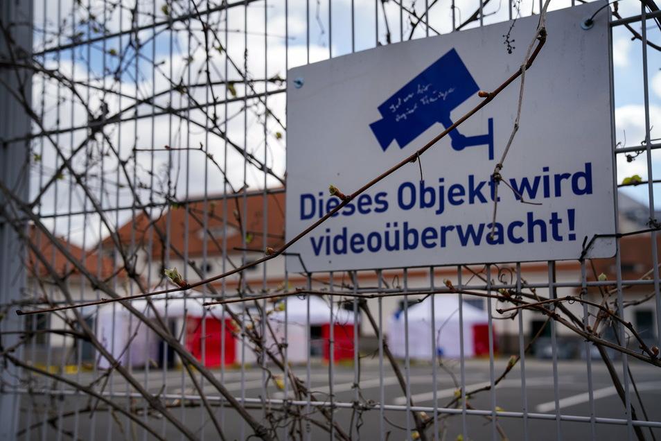 Das Gelände für das Dresdner Impfzentrum ist im Frühjahr bereits für Corona-Tests genutzt worden.