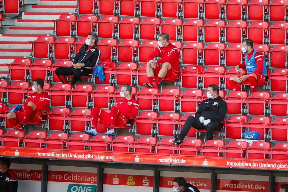 Geisterspiele könnten zu einem Imageverlust der Fußball-Bundesliga führen, meint der Fanforscher.