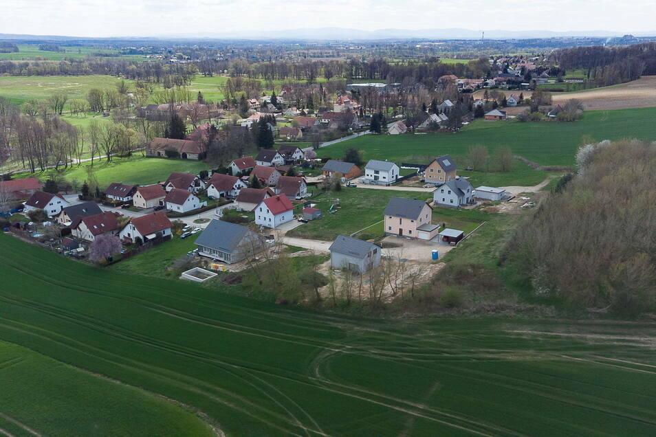 Auf 14 Parzellen entstehen derzeit am Auenblick im Görlitzer Ortsteil Ludwigsdorf neue Einfamilienhäuser.