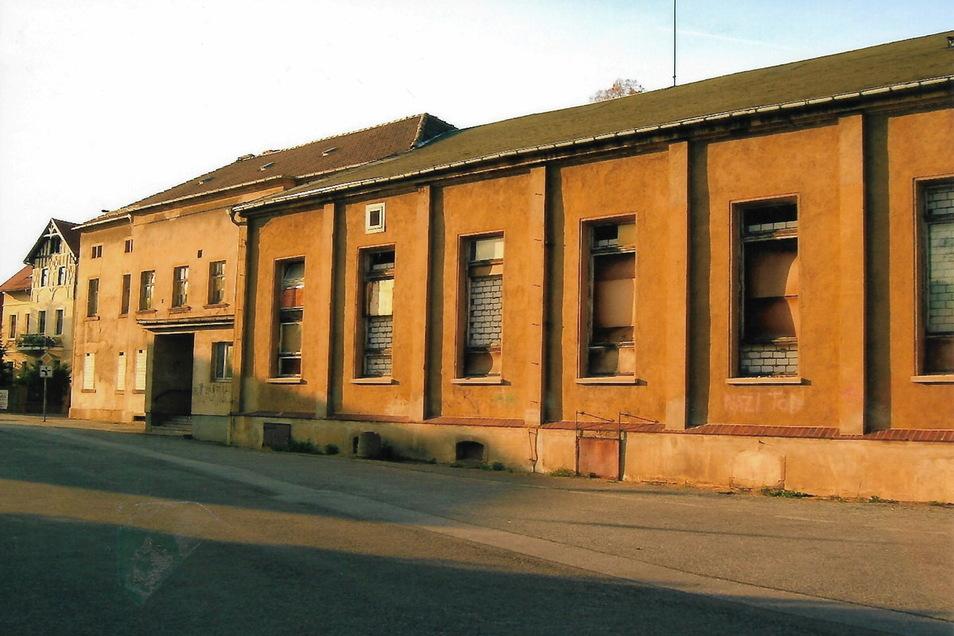 Seit 1990 stand das Haus Bergland leer und verfiel - bis der WCC das Gebäude erwarb und schrittweise erneuerte.