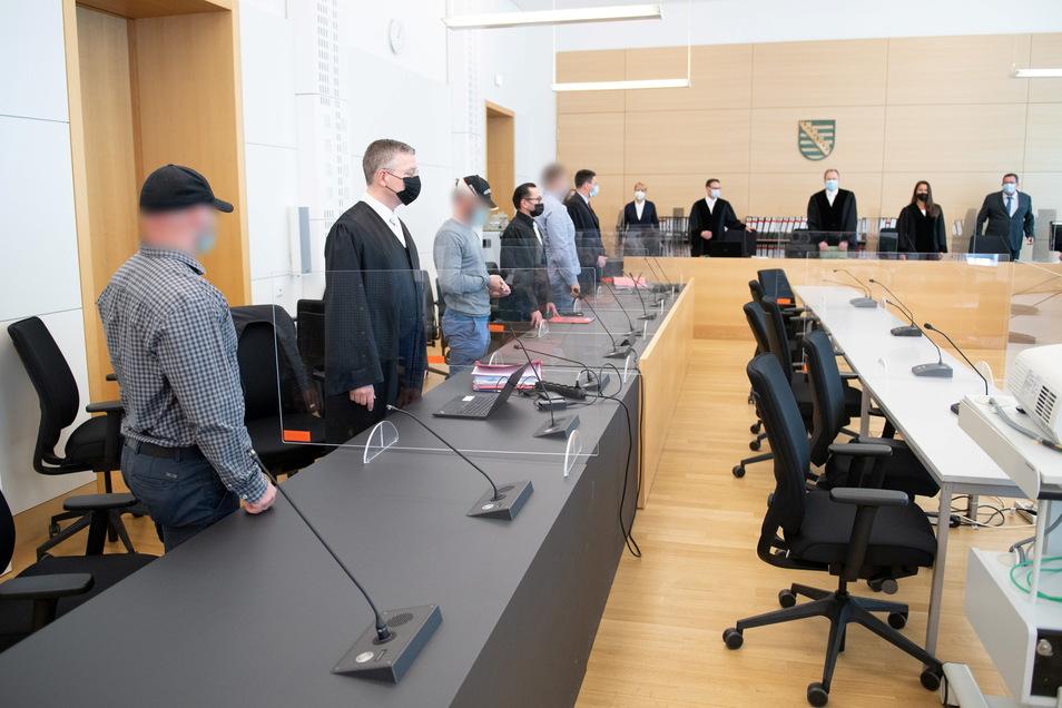 """Der Prozess gegen drei Anführer der Dresdner Hooligan-Gruppe """"Faust des Ostens"""" dauerte gerade einmal eineinhalb Monate."""