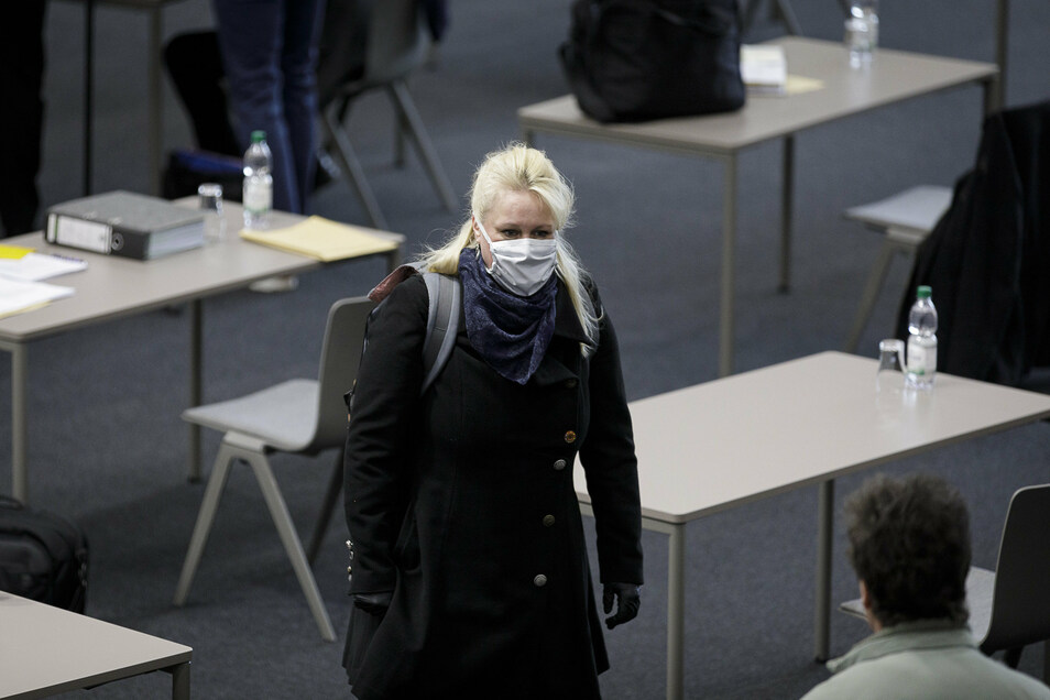 Yvonne Reich von den Bürgern für Görlitz ist derzeit fürs Abstandwahren. Auch vom Landesverband der Freien Wähler distanziert sie sich.
