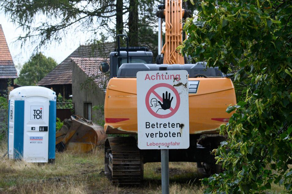 Am Montag hat der Energiekonzern Leag mit dem Abriss des Dorfes begonnen.