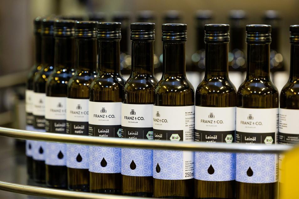 Im letzten Jahr liefen in Mehltheuer mehr als 5.600.000 Ölflaschen und -gläser vom Band.