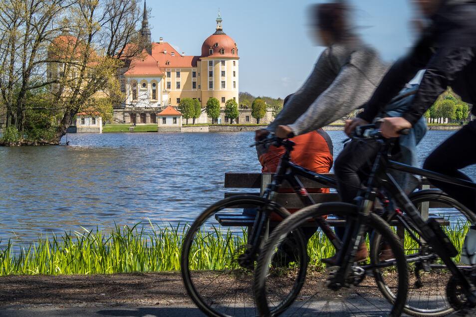 Die Gegend um Schloss Moritzburg ist bei Radlern sehr beliebt.