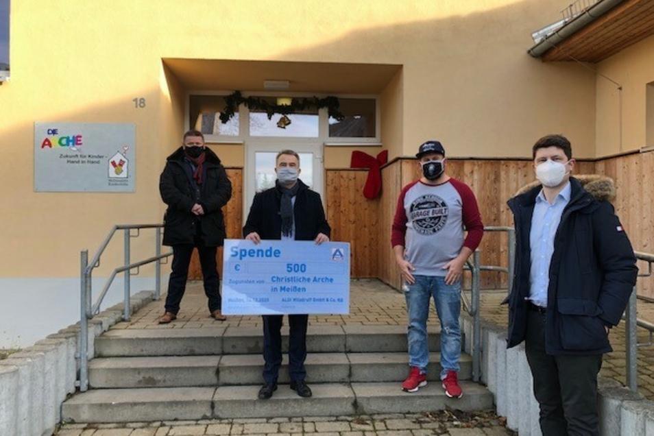 Die Aldi-Regionalgesellschaft Wilsdruff übergab in dieser Woche eine Spende an die Arche Meißen.