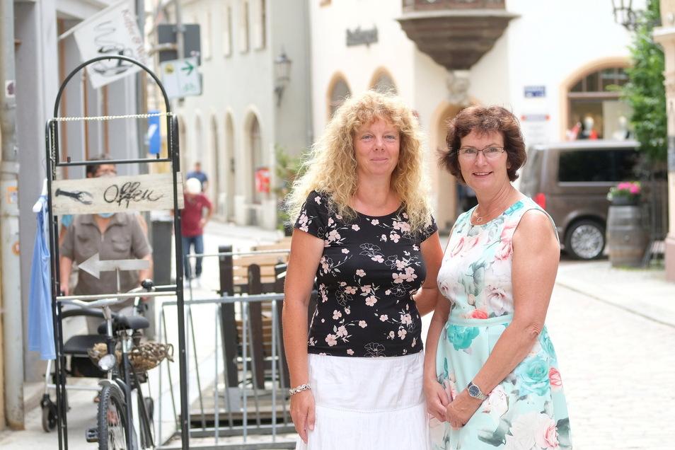 In und für Meißen unterwegs Annett Wauer-Knobloch (l.) und Brigitte Lustik sind Citymanagerinnen.