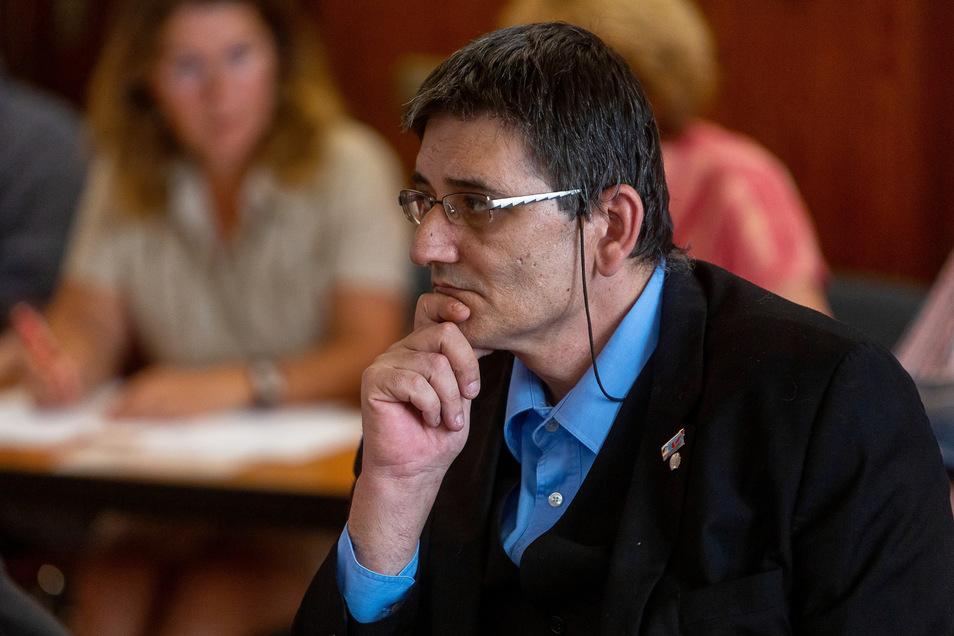 Thomas Prinz nahm seinen Sitz im Freitaler Stadtrat für die AfD ein.