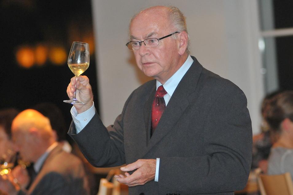 Weinfreund und -kenner Werner Böhme hat für sein neuestes Werk im eigenen Kalendergeschichtenvorrat geräubert.