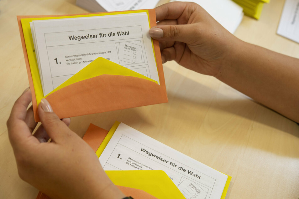 So sieht man es in den Rathäusern des Landkreises derzeit wohl am Liebsten: Briefwahlunterlagen für die Landratswahl am 11. Oktober 2020.