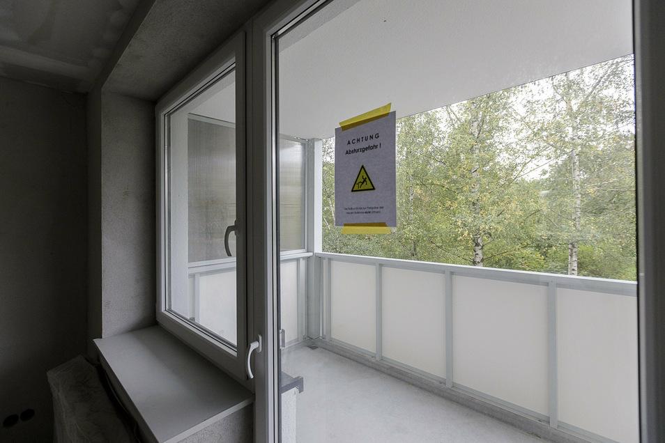 Die neuen Balkone mit niedriger Schwelle sind 9,6 Quadratmeter groß und 1,80 Meter tief.