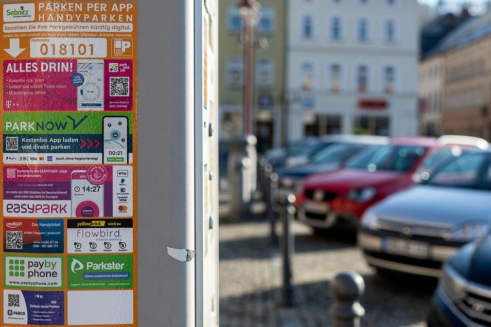 Parkautomat für Handyparken in Sebnitz: Auch in Pirna können Parktickets künftig per Smartphone bezahlt werden.