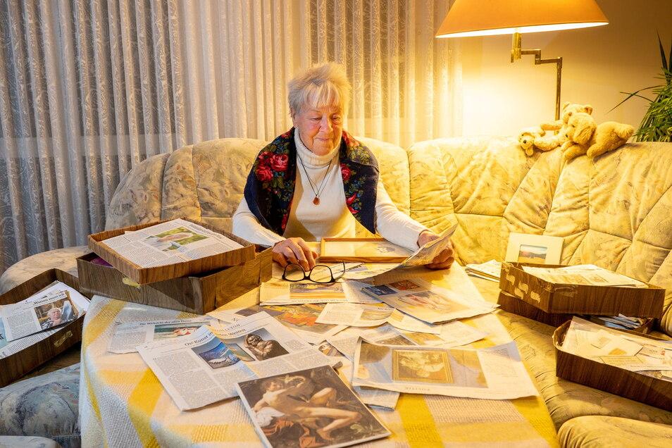 SZ-Leserin Eva-Ursula Petereit sammelt viele Beiträge, die sie besonders interessieren, und verwahrt sie in selbst gemachten Pappkisten.