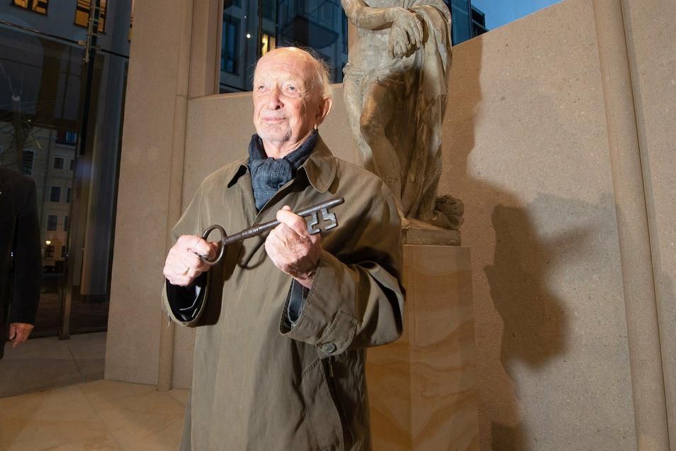 Hans Trudo Röhr schloss am 12. Februar 1945 zum letzten Mal die Sophienkirche in Dresden ab