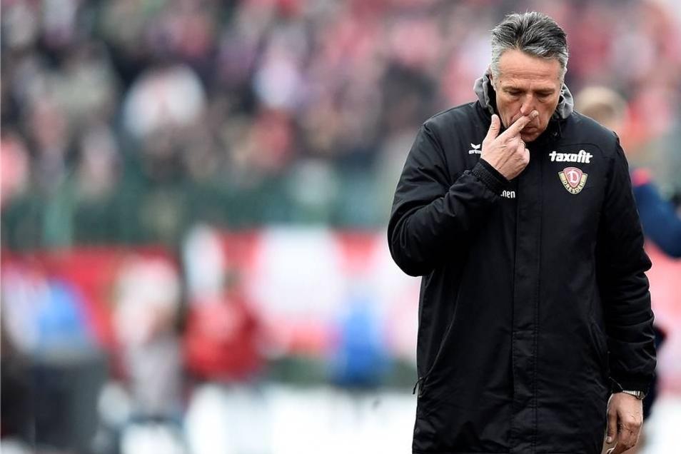 Trainer Uwe Neuhaus.