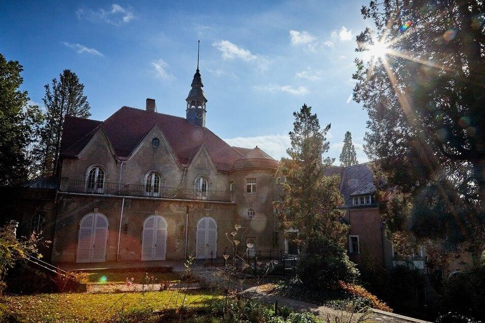 Der Park rund um das Thürmsdorfer Schloss soll umgestaltet werden – bei einem Arbeitseinsatz Mitte Oktober.