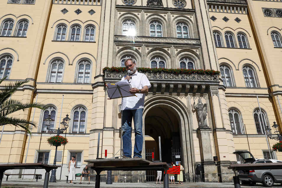 Der Eckartsberger Thomas Walde hat schon vergangene Woche mit Pegida-Sympathisanten in Zittau demonstriert.