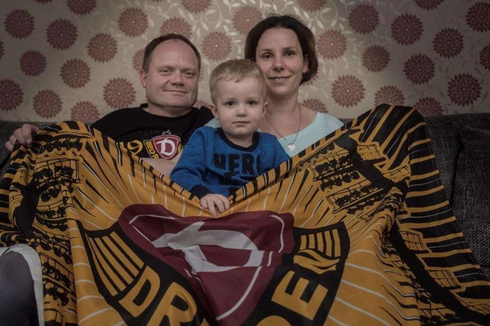 Familie Thomschke sorgt derweil mit Sohn Milan für den Fortbestand der Dynamofangemeinde