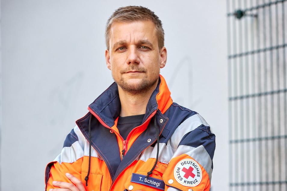 Tobias Schlegl war am 8. Mai mit 22 weiteren Crewmitgliedern als Notfallsanitäter an Bord des Seenotrettungsschiffes in Richtung Mittelmeer aufgebrochen.