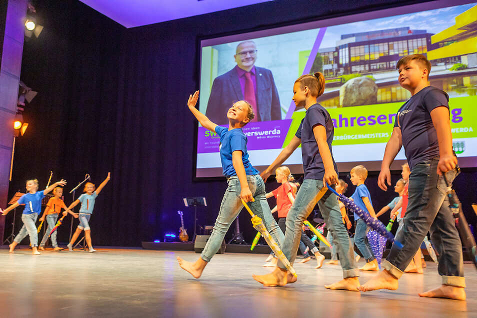 Kinder des Sportclubs Hoyerswerda bestritten einen Teil des Rahmenprogramms beim Jahresempfang von Oberbürgermeister Torsten Ruban-Zeh.