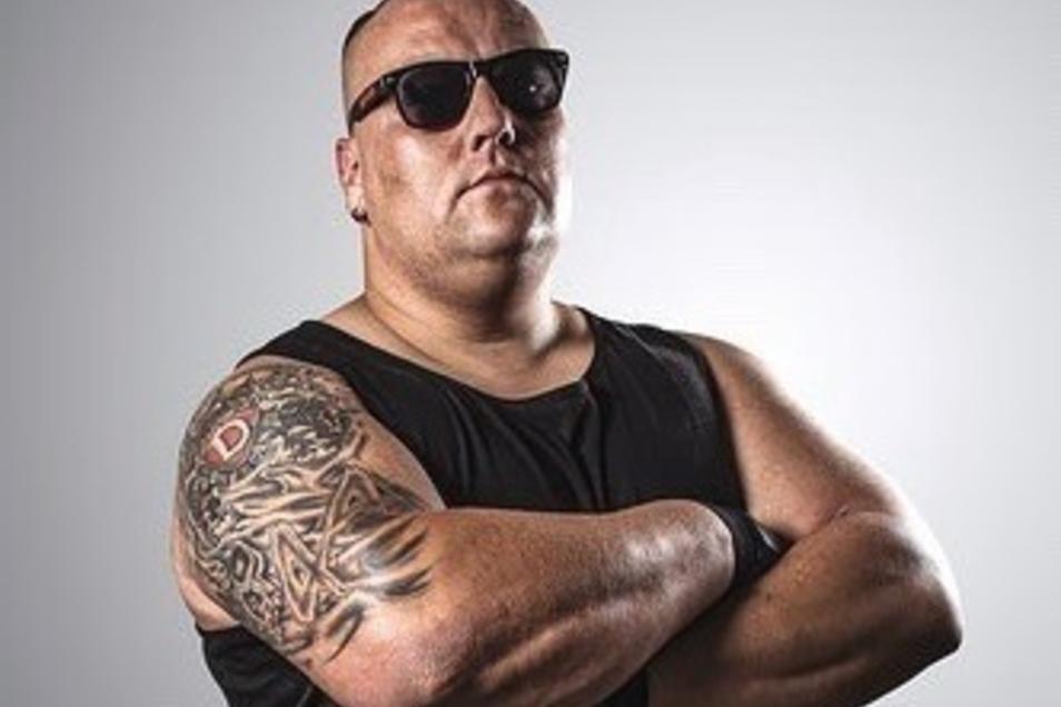 Matti Baumbach lehrt im Ring als Matt Buckna seinen Gegnern das Fürchten.