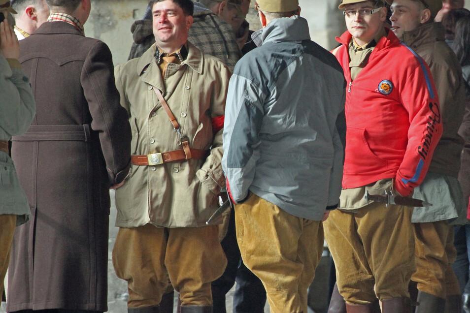 """Drehort Untermarkt:Hier warten Komparsen im März 2013 am Set von """"Die Bücherdiebin"""" auf ihren Einsatz."""