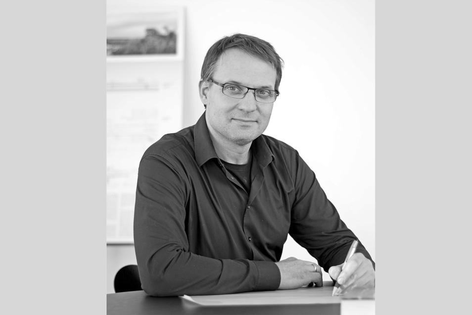 """Boris Reyher ist der Projektleiter für die weiteren Planungen der Bautzener Spreebrücke. Er ist für das Ingenieursbüro """"Schlaich Bergermann Partner"""" tätig."""