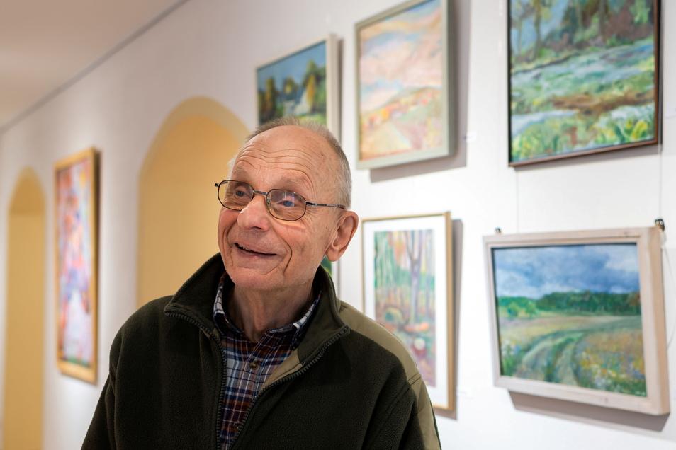In der Carl-Lohse-Galerie in Bischofswerda stellt aktuell Bernd Warnatzsch aus. Der gelernte Kunsterzieher zeigt eine Auswahl seiner künstlerischen Tätigkeit aus den letzten Jahrzehnten.