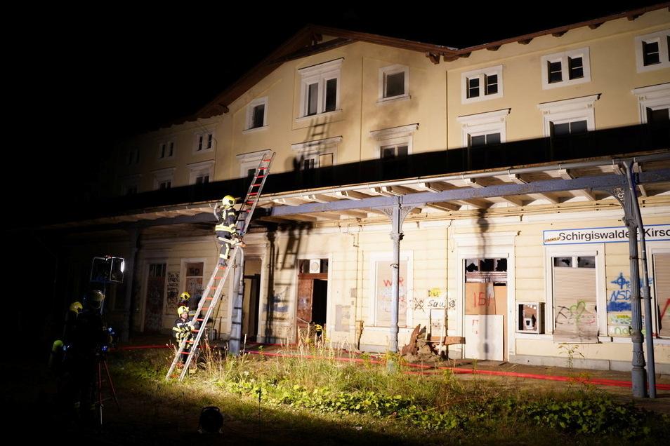 Auch im Bahnhofsgebäude von Schirgiswalde-Kirschau brannte es.