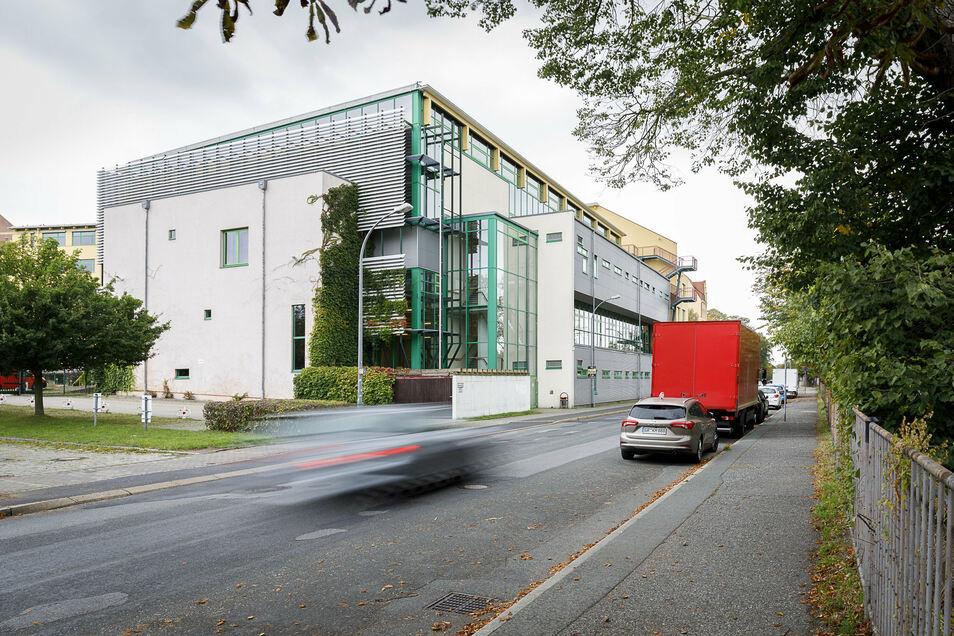 Die Sporthalle des Berufsschulzentrums an der Sattigstraße: Hier findet Mittwoch der Kreistag statt.