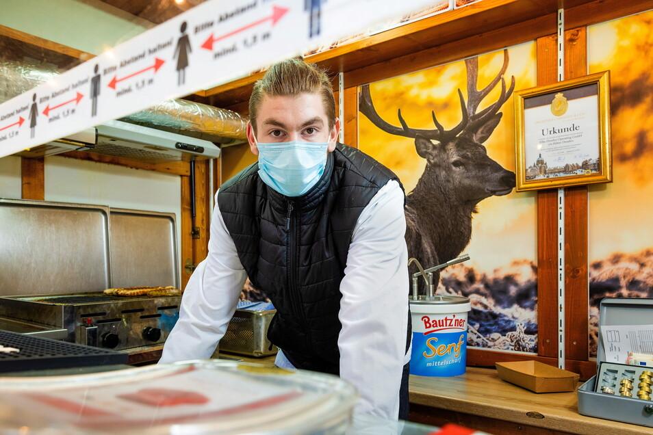 Statt A-la-carte-Küche am Bratwurststand: Azubikoch Philipp Lorenz weiß noch nicht, wie seine Zukunft aussieht.