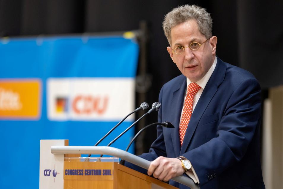 Nach dem Aufruf der Grünen, in Südthüringen den SPD-Kandidaten Frank Ullrich zu wählen, hat Gegenkandidat Hans-Georg Maaßen (CDU) eine Dämonisierung seiner Person beklagt.