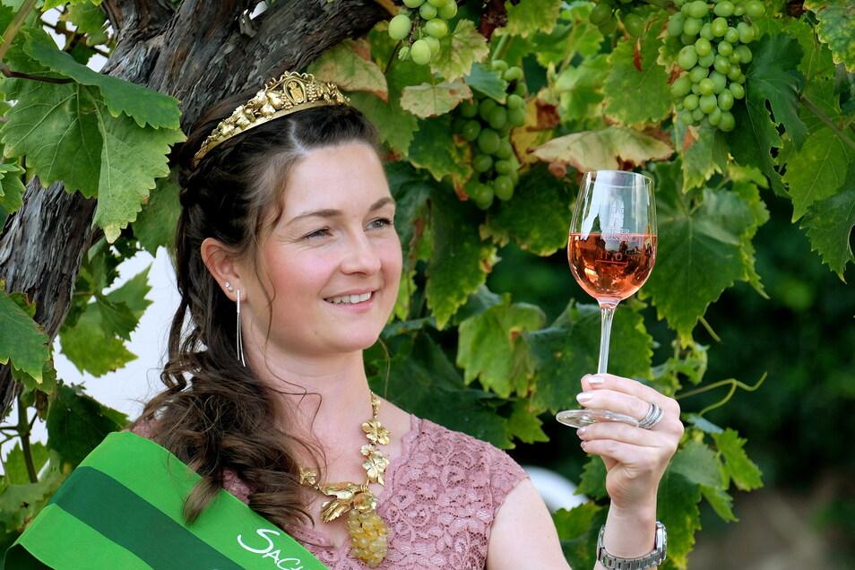 Die Wahl der deutschen Weinkönigin findet dieses Jahr ohne Nicole Richter als Vertreterin Sachsens statt.