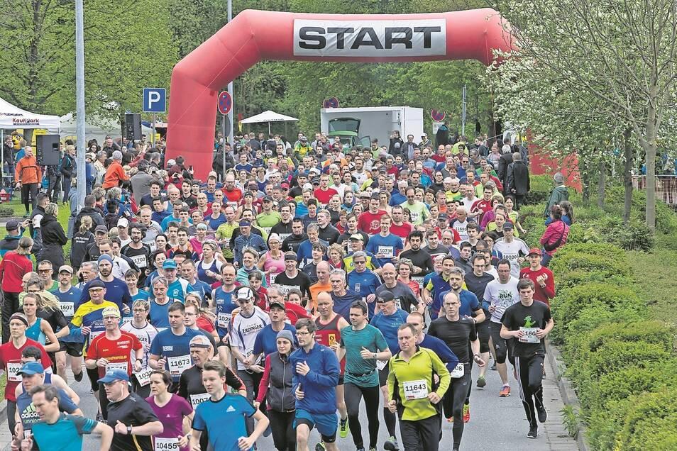 """Der """"Lauf in den Frühling"""" durch den Rabenauer Grund ist die größte Rennveranstaltung in der Region und bei Sportbegeisterten, aktiven Läufern und Laufanfängern beliebt."""