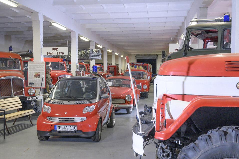 Hinter dem Zeithainer Feuerwehrmuseum steht die AG Feuerwehrhistorik Riesa. Der Verein hat jetzt als einer von mehreren eine Finanzspritze bekommen. Sie soll in ein Beleuchtungskonzept fürs Museum fließen.