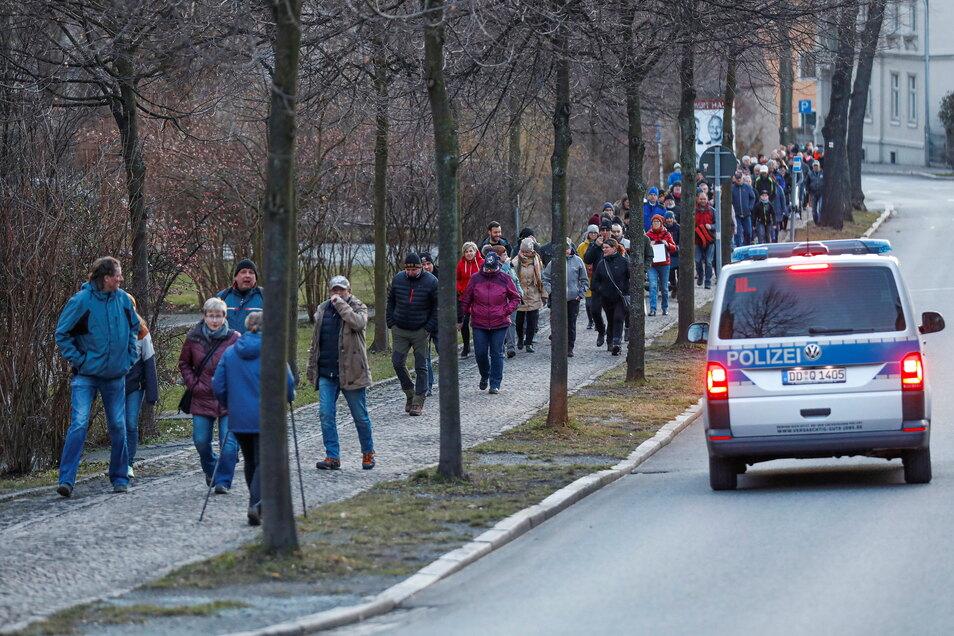 Die Polizei hatte den Spaziergang im Blick.