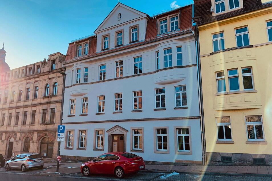 Saniertes Haus Hauptstraße 17 in Pirna-Copitz: Es beherbergt nun acht Wohnungen.