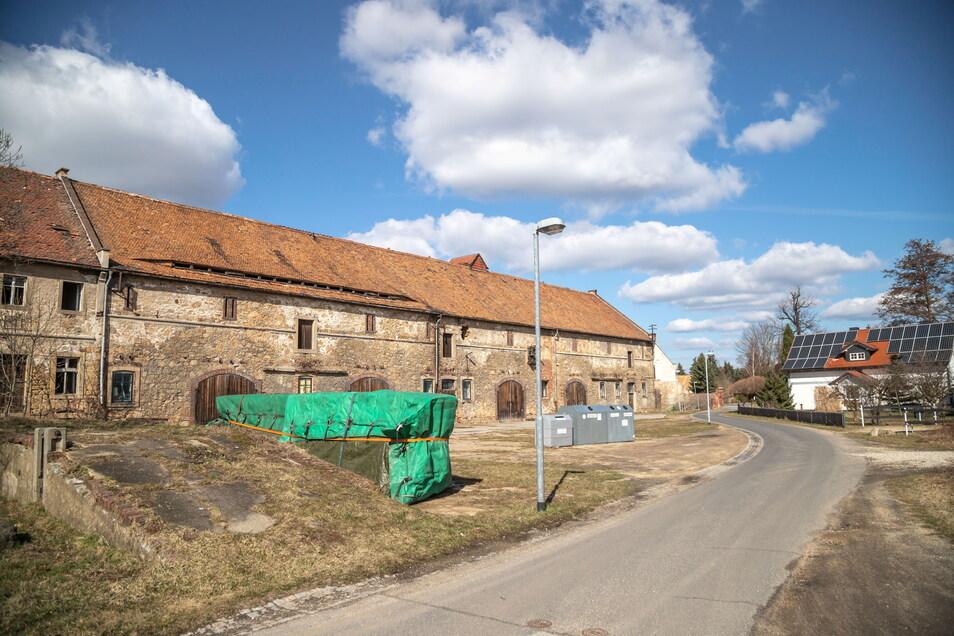 Der Hof im Gut Wiesa gehört der Gemeinde Kodersdorf. Sie will das Gelände in zwei Bauabschnitten umgestalten.