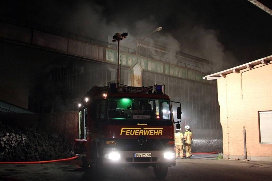 Gegen 22.30 Uhr wurde die Feuerwehr gerufen.