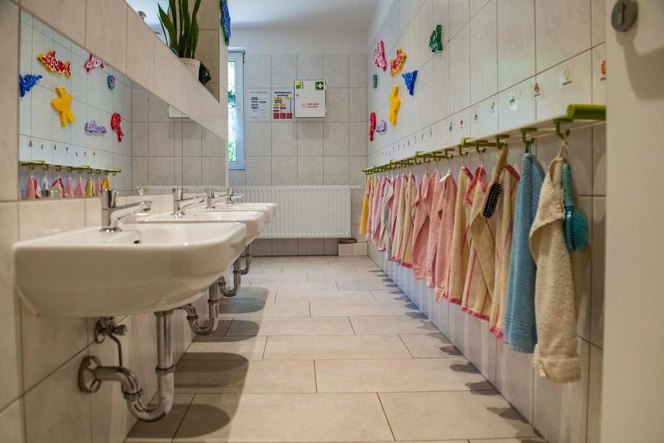 Auch der Sanitärbereich der Kindergartenkinder ist neu. Rund 100.000 Euro wurden investiert.