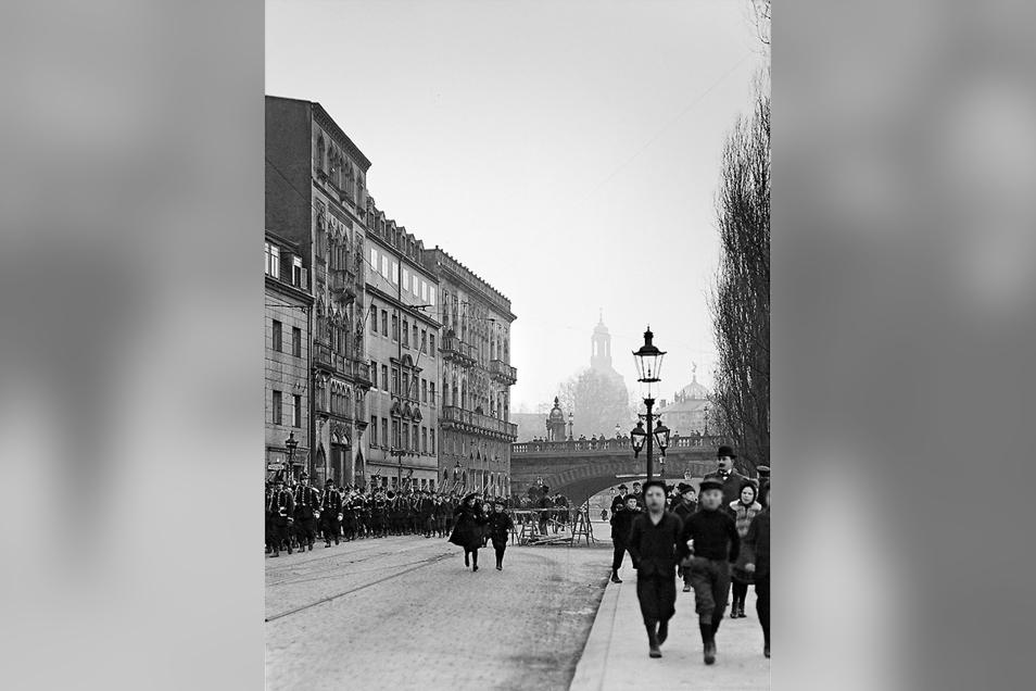 So sah das Venezianische Haus in Dresden um 1900 aus.