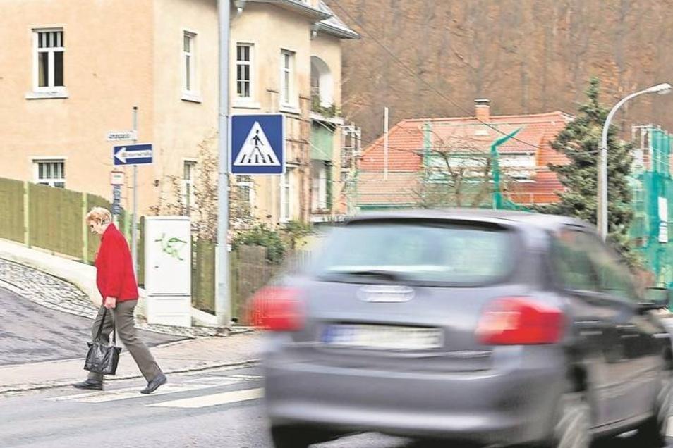 Auf der Freiberger Straße in Tharandt wurde Tempo30 entfernt.Foto: Oberthür