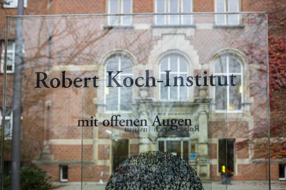 """Mehr als 20 Mediziner aus Sachsen haben den offenen Brief der Initiative """"Ärzte stehen auf"""" unterschrieben. Sie misstrauen auch der Arbeit des Robert-Koch-Instituts."""