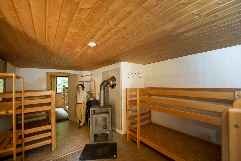 Einfach, aber trocken: Schlafplätze in der Trekkinghütte Willy's Ruh bei Cunnersdorf.