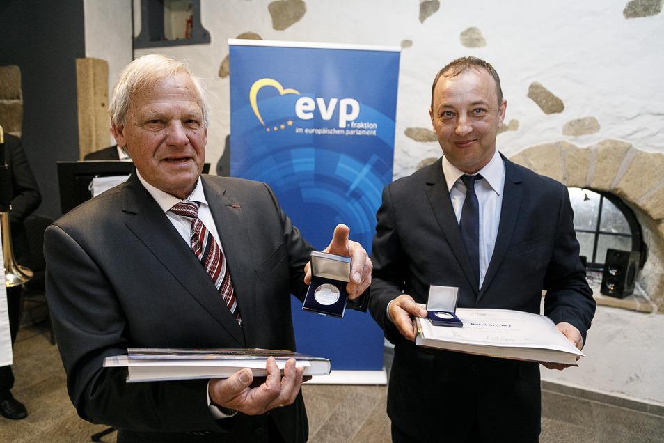 Rolf Karbaum (links) amtierte von 1998 bis 2005, trat dann nicht mehr an.